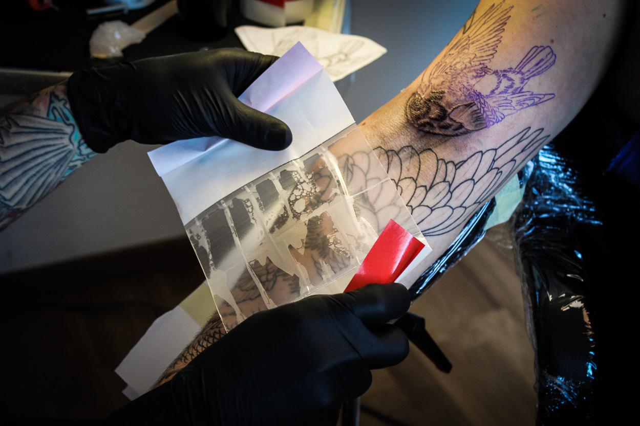 Faszinierend Tattoo Folie Entfernen Galerie Von Suprasorb F